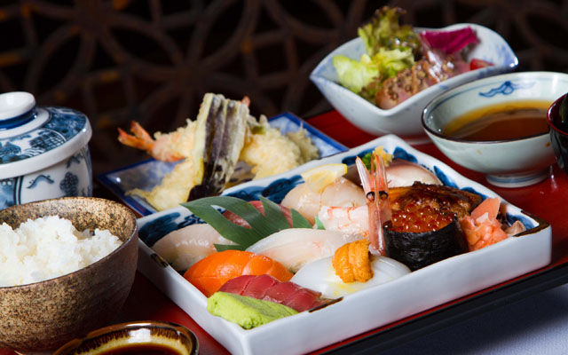 Sushi Lunch Set with Tempura Salad and Egg custard