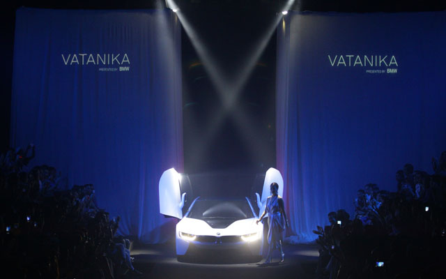 Vatanika x BMW i8 The World Stopper Exclusive Collection (2)
