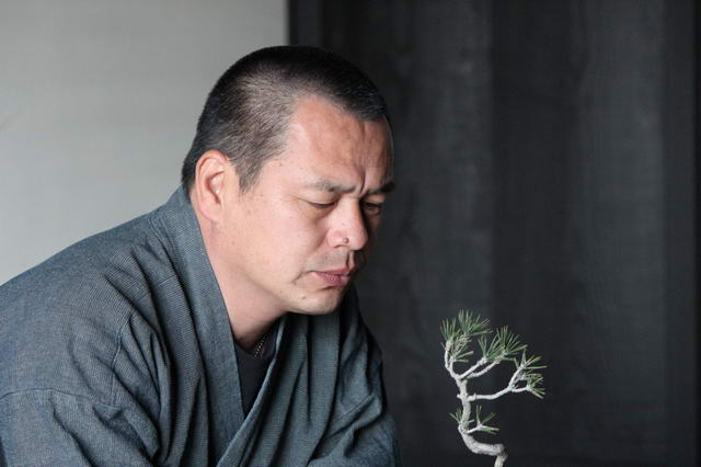 02 Yoichi Nakanishi