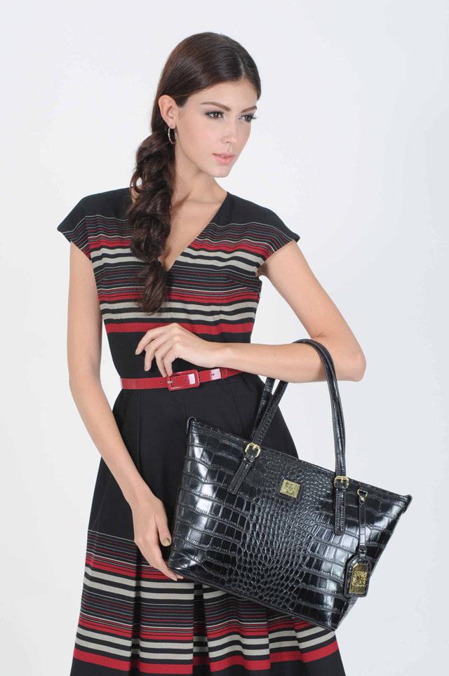 13 Anne Klein_dress THB 15,500.-