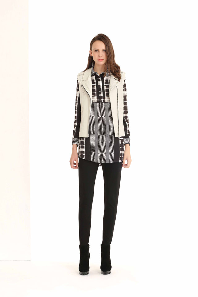 32-Nine-West_-Blouse--6,500-and--Pants-11,500