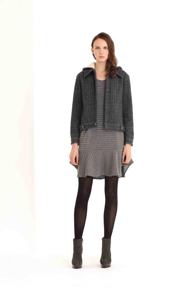 36-Nine-West_Knit-Dress-THB-7,900