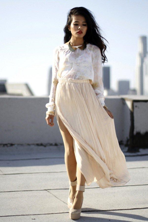 cream-pleated-skirt