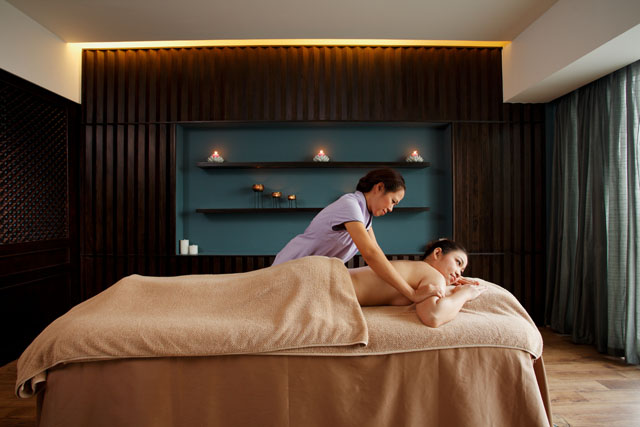 Centra Central Station Hotel Bangkok – Cense by SPA Cenvaree 04-11
