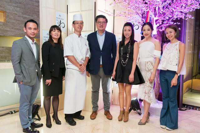 Mr. Aphivich Panya_Ms. Helene Fong_Mr. Norio Nomoto_Mr. Krisda Kamolvarinthip_Ms. Boonyapha Bencharongkul_Ms. Natasha Soontornvinate_Ms. Napat Napraphasuk