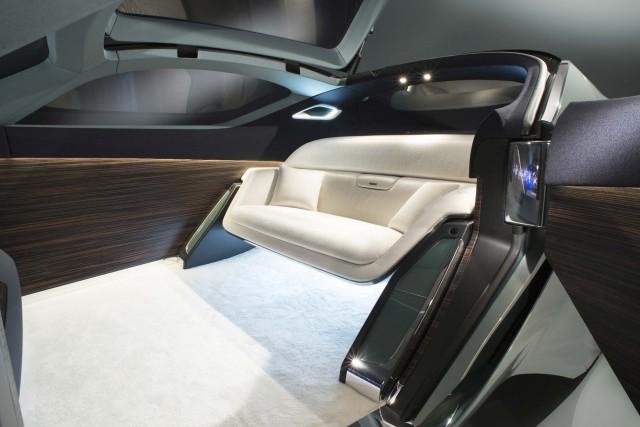 103 EX – Rolls-Royce VISION NEXT 100_19~1