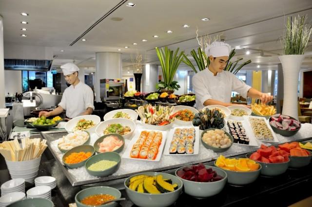 2. Mother's Day Specials - Holiday Inn Bangkok 02~1
