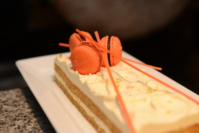 2. Mother's Day Specials - Holiday Inn Bangkok 04~1