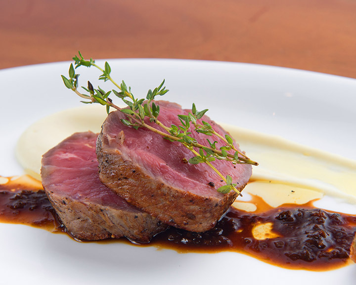 Up-&-Above_Champagne-Sunday-Brunch_Dutch-Veal-Loin-potato-mousseline-ratatouille-and-black-olive-jus_3