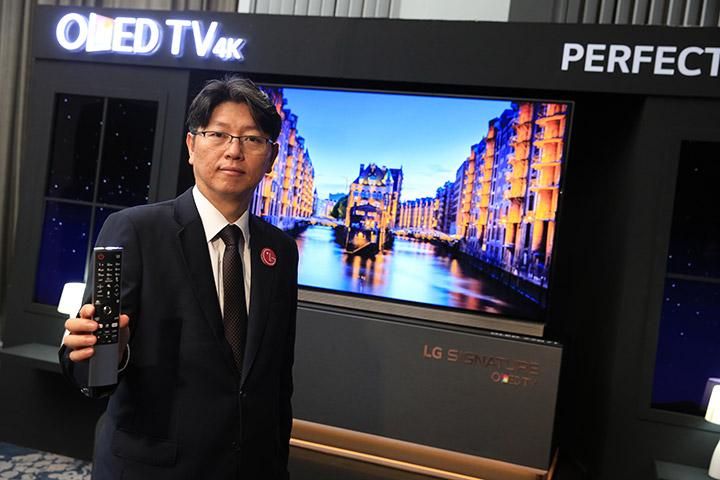 มิสเตอร์ซอง-แจ-คิม-กรรมการผู้จัดการ-บริษัท-แอลจี-อีเลคทรอนิคส์-(ประเทศไทย)-จำกัด