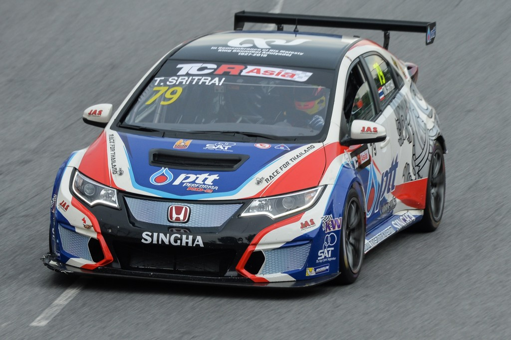 รถหมายเลข 79 ติณห์ ศรีตรัย แชมป์ TCR Asia Series