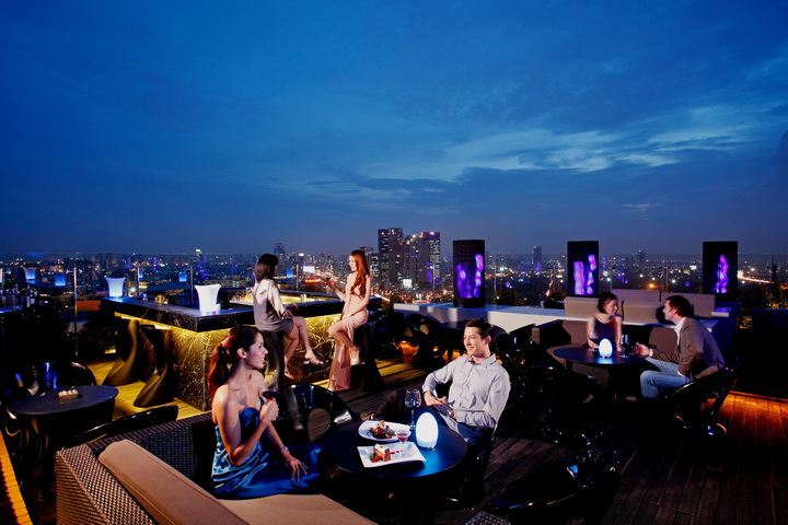 3.Blue Sky Rooftop Bar _ Restaurant-Centara Ladprao-28 (Copy)
